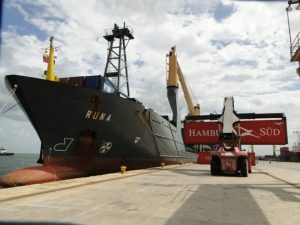 Más de 80 mil toneladas de mercancía y alimentos han arribado al Puerto de Maracaibo en el 2017